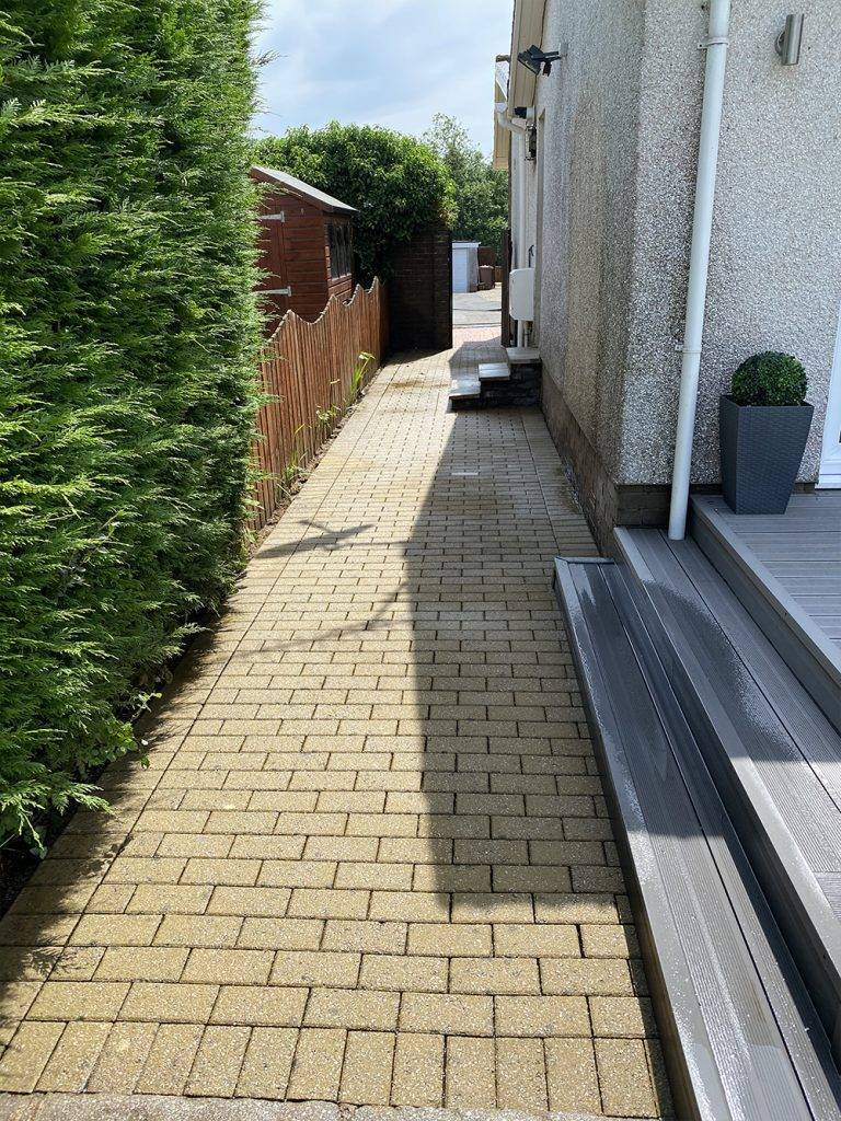 patio cleaning and powerhosing