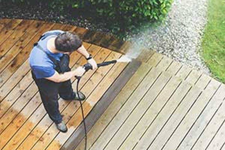 deck cleaners service
